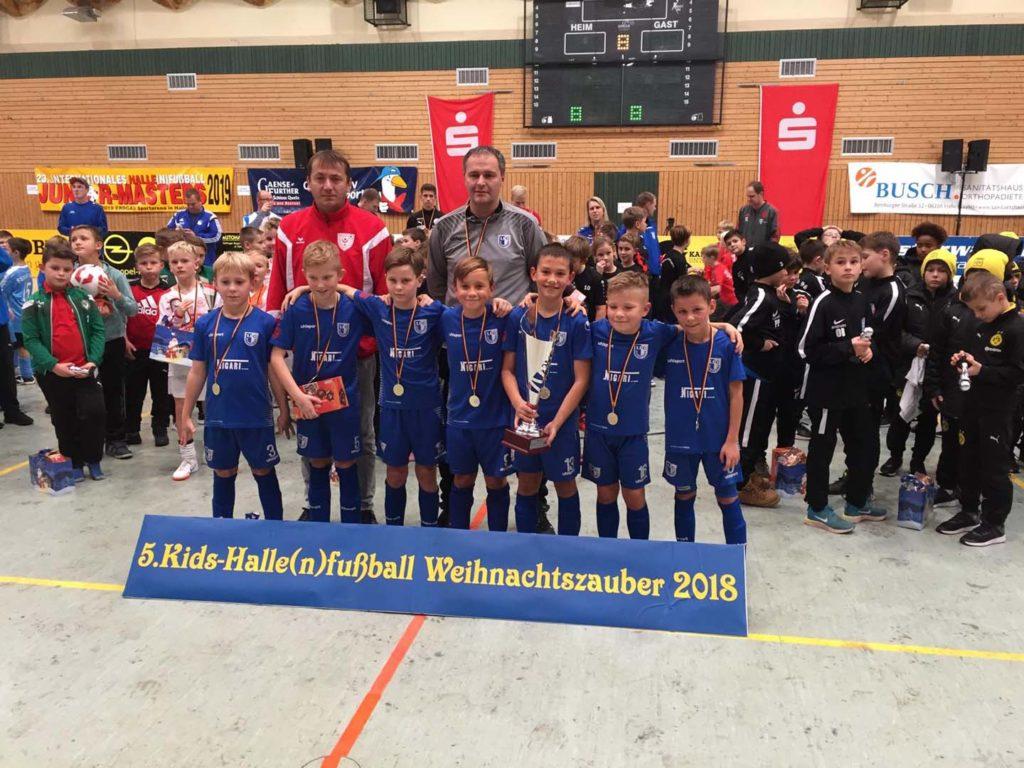 Kids-Halle(n)fußball-Weihnachtszauber 2018 E2-Jugend